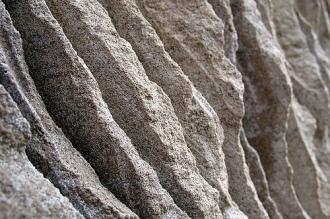 stone-of-hurdle2.jpg
